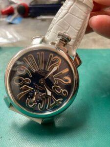 ガガミラノマニュアーレ48 インデックス修理、秒針取付しました